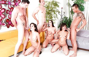Young Groupsex Pics