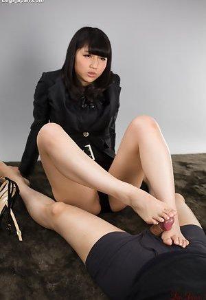 Footjob Porn Pics