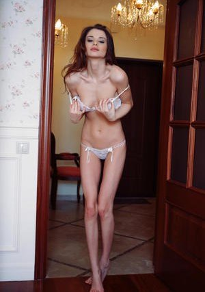 Young Skinny Pussy Pics
